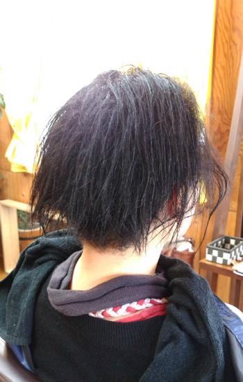 縮毛矯正前、前回かけて三カ月