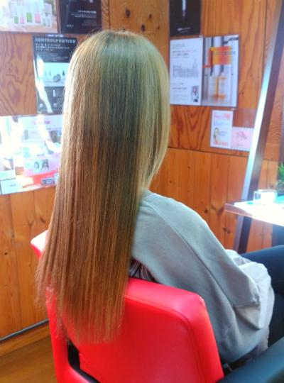 富山市美容室kenieのハイトーンカラー